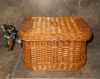 Vintage Wicker Basket Perfect for Picnics