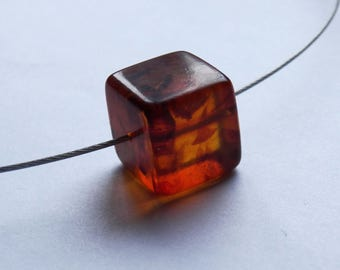 Geometric amber pendant necklace, minimalist cable choker necklace, big cube, red Baltic amber pendant, modern jewellery, statement necklace
