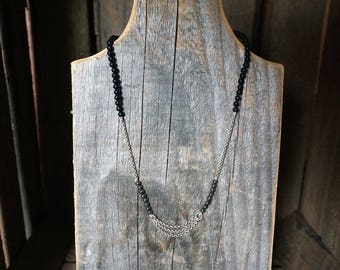 Necklace of onyx, hematite and silver