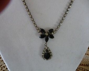 1950's Black & Clear Rhinestone Necklace /Eerrings