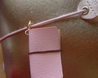 Fully working light pink tiny leather TN charm
