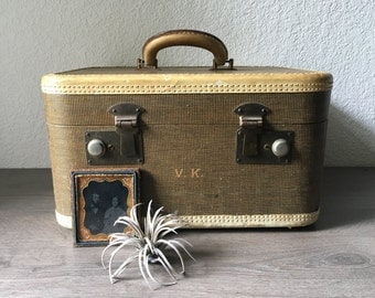 Vintage 1940s Train Case, Vintage Tweed Train Case, Overnight Case, Vintage Luggage