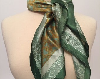 Vincent Scarf - Green Scarf - Square Scarf - Retro Scarf