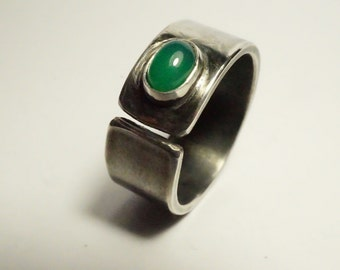Ring open silver forged by hand, stone emerald - ring for wife - Design Nature and mode - R 4088