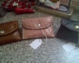 Small handy purse / wallet