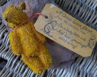 Souvenir Yellowstone Bear Mailer