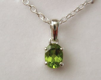 Genuine SOLID 925 STERLING SILVER August Birthstone Peridot Pendant
