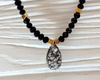 Gold plated chain with Swarovski pendant
