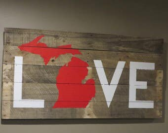 "Michigan Love Pallet Sign  20"" x 40""  Pallet wood Sign - Michigan Love Sign - Pallet sign - Rustic Sign"
