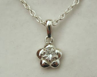 Solid 925 Sterling Silver April Birthstone Daisy CZ Cubic Zirconia Pendant