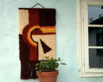 Mid century Yugoslavian wall tapestry made of wool /abstract