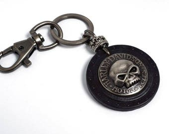 Small leather keychain Black leather key fob  keychain  Skull Key Key holder leather Mens keychain Womens keychain Gifts . Mod.OldSkull.