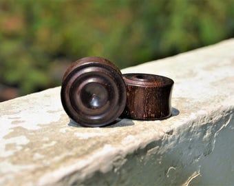 1 1/8 inch = 28 mm Big Carved Rain Tree Wood Plugs - Pair of plugs -Tribal plugs -Hand carved plugs -Primitive Plugs - Tunnels/Plugs/Gauges