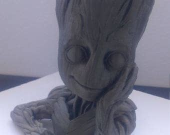 Bust Baby Groot the guardians of the galaxy