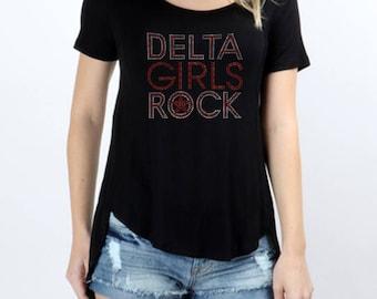 Delta Girls Rock Rhinestones   Short Sleeve Scoop Neck Hi-Low Top
