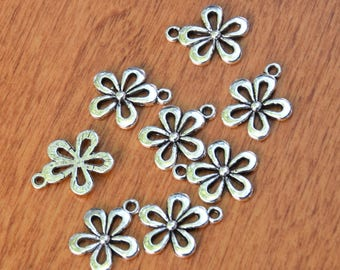 20 Silver Plated Floral Nature Charms for Jewelry Projects.  20mmx15mmx2mm Antique Silver Plated Open Flower Charms.    Jewelry Supply.