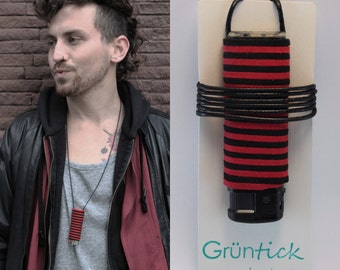 """Lighter chain """"Max""""-no searching, no loosing-lighter necklace black/red, suede ribbon leather optics-handmade-festival"""