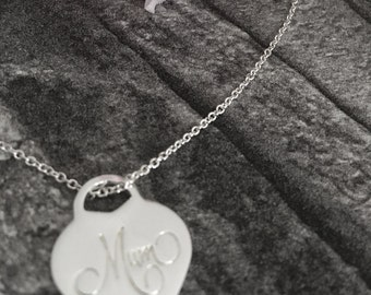 Mum Pendant Necklace Sterling Silver 40 cm Chain  FREE Worldwide Shipping