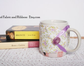 Cup cozy. Flowers pattern fabric cup cosy. Handmade cup cosy. Cotton cup cosy.