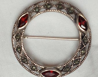 Vintage Sterling Silver Garnet and Marcasite round brooch C1980s