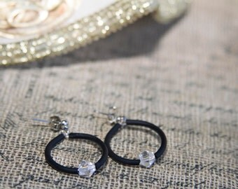 Clear Hoop Earrings, Beaded Hoop Earrings, Memory Wire Hoop Earrings, Small Wire Earrings, Small Hoop Earrings, Rubber Hoop Earrings