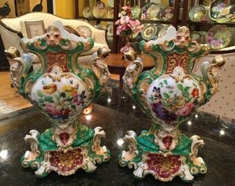 Beautiful & Opulent Pair of Antique Hand Painted Old Paris Vases