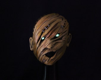 Glowing eyes Dead by daylight Inspired Hillbilly mask wearable cosplay