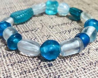 Chunky bead bracelet, blue beaded bracelet, stretch bracelet, stack bracelet, elastic bracelet, spring bracelet, chunky jewelry