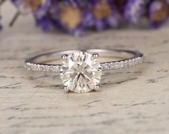 7mm Round Cut Moissanite Engagement Ring,promise ring,custom made fine jewelry,Diamond Wedding Band,prong Set,14K white Gold halo ring.