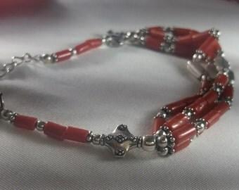 Pulsera en Plata 925 y Coral/ Silver 925 and Coral bracelet