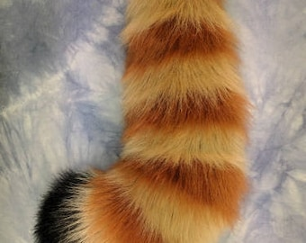 Curvy Red Panda Tail