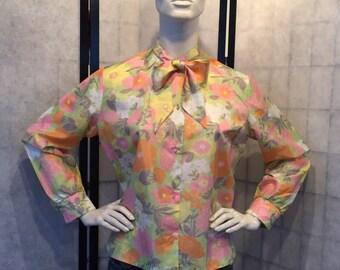 Vintage ribbon blouse from sixties seventies vintage design top uit de 60er 70er jaren bloemen print M