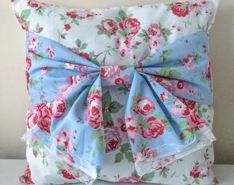 Shabby chic bow cushion