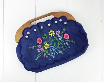 Vintage 1970s Blue Clutch w/ Embroidered Flowers Wooden Handle Buttons