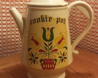 Vintage McCoy Cookie Pot Cookie Jar, McCoy Pottery Cookie Jar, Coffee Pot Cookie Jar, 1970s McCoy,  Vintage Cookie Jar, Vintage Pottery,