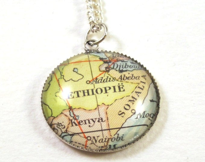 Map necklaces - Africa variatons 20mm