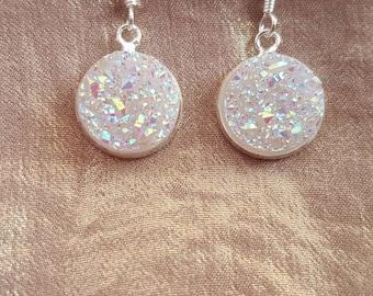 Druzy stone earrings, white druzy stone earrings, white sparkling earrings, White drop earrings