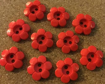10 x Red Daisy Shaped 2-Hole Buttons. Size 21mm.