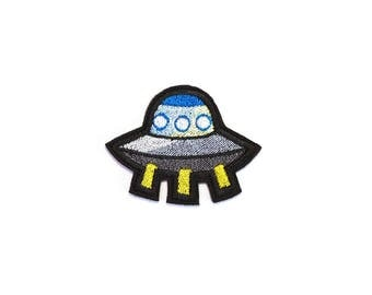 UFO Alien Patch Iron On Embroidered Patches Applique Embroidery • Space Pop Believe Cosmo Shuttle