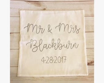 Mr & Mrs pillow cover