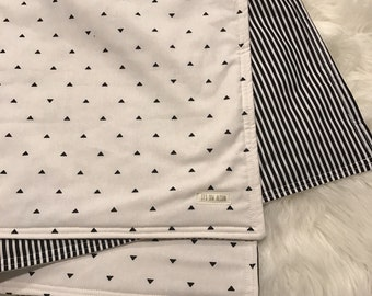 Baby blanket/ gender neutral baby / stripes and triangles/ black and white baby blanket