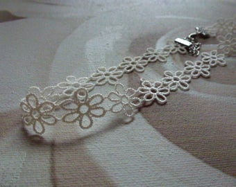 Delivered 48 - Short Choker, Choker, necklace, dainty necklace, lace, flower, white