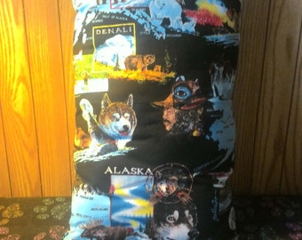 Alaska Theme Throw Pillow
