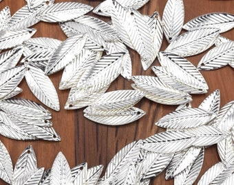 Set of 60/80/100 units 21x7.5mm silver leaves