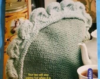 2001 House of White Birches Leaf Motif Tea Cozy Knitting Pattern Leaflet