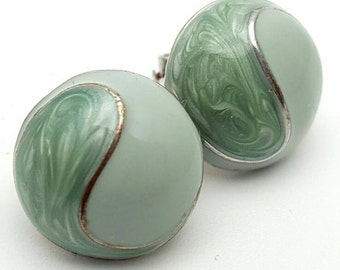 Ocean Green Enamel Small Stud Clip on Earrings Retro Vintage clip-on Light green mint Sea