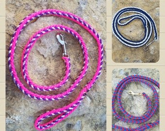 Custom paracord leash