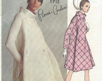 1967 Vintage VOGUE Sewing Pattern B32 COAT (1712) By 'Pierre Cardin'
