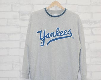 Vintage Yankees Major League Baseball Sweatshirtd