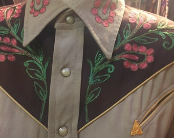 Gorgeous Gabardeen Western Shirt for the Ladies